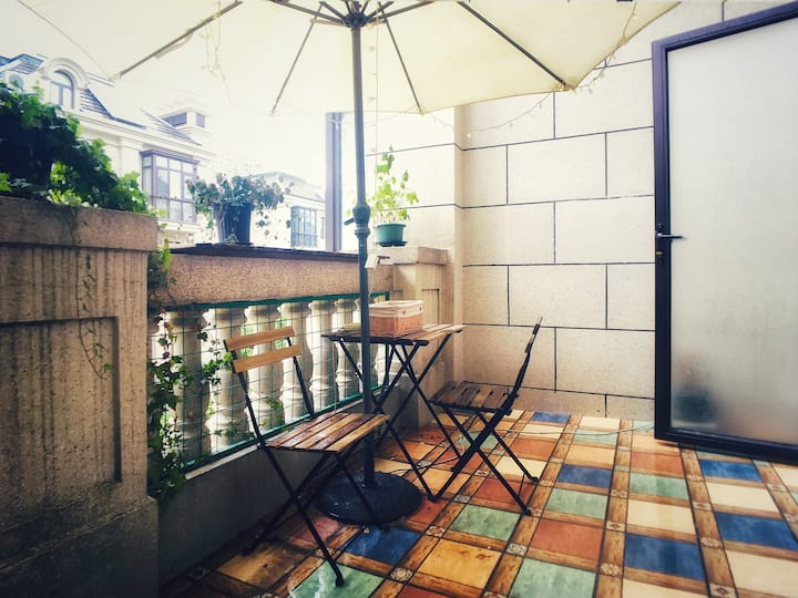 【阳台小间】独立卫浴-曾经的曾经泪水打破宁静如今的如今伞下星星眨眨眼睛