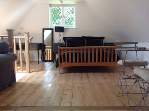 The Loft, self contained accommodation, Godalming