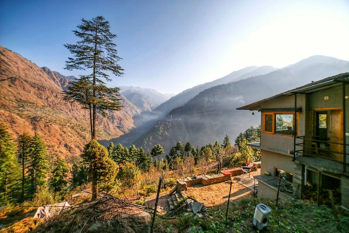 Hill Station in the Great Himalayan National Park