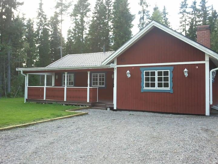 Stuga nära Kungsberget