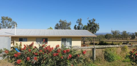 Sunset Cottage - A Sanctuary in the Lockyer Valley
