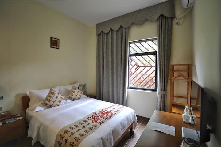 三亚民族风情五椰级*中廖村最美悠然居大床房~近亚龙湾呀诺达槟榔谷