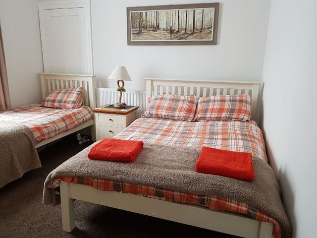 Bellyeoman B&B - Room 2 Dunfermline