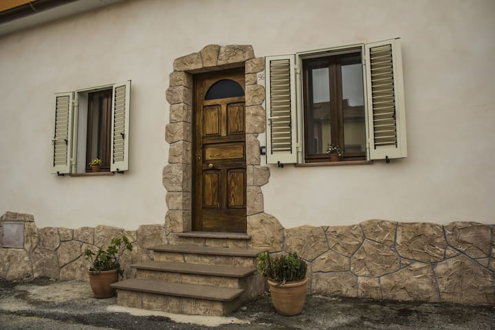 """Casa Cisca"" bellissimo rustico vicino ad ALGHERO"