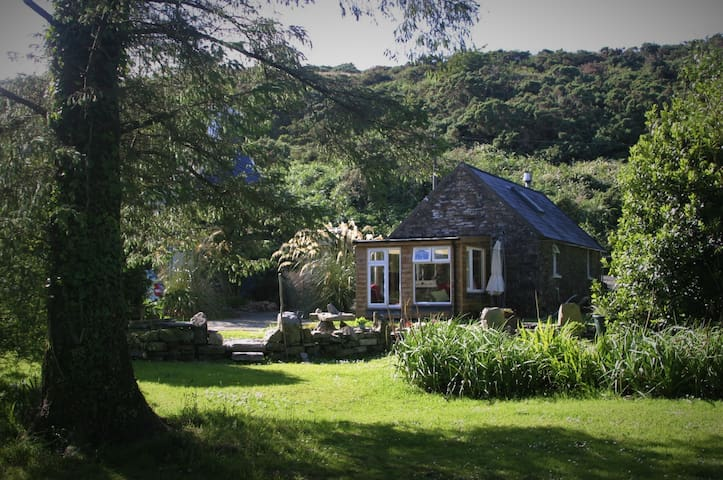 The Byre - a rural escape near Bantry in West Cork