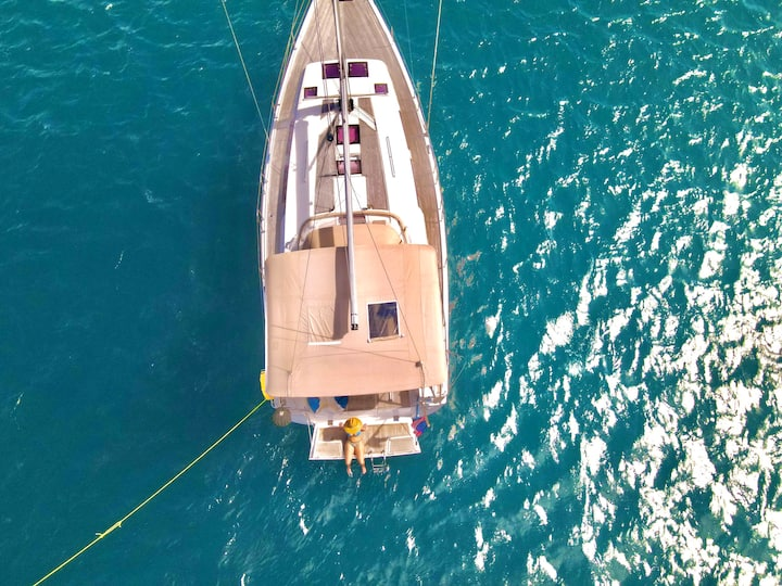 Max Charters, Private Sailing Yacht St. Thomas