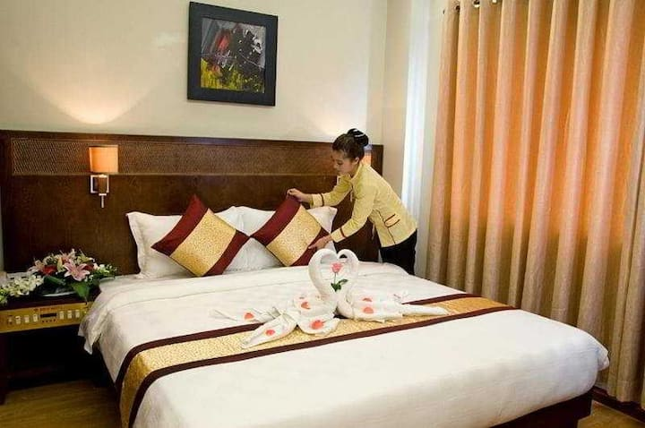Relaxing Double Or Twin Superior At Hue