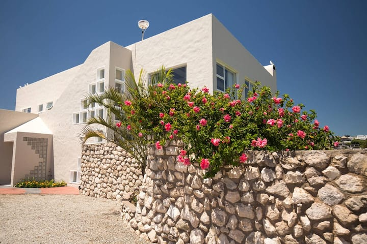 Ocean House- Quarter Berth
