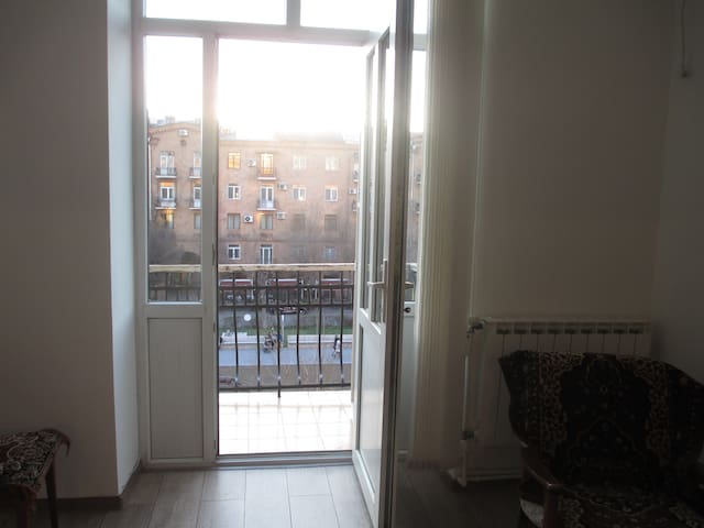 Cozy apartment with view of Cascade - Yerevan - Apartment