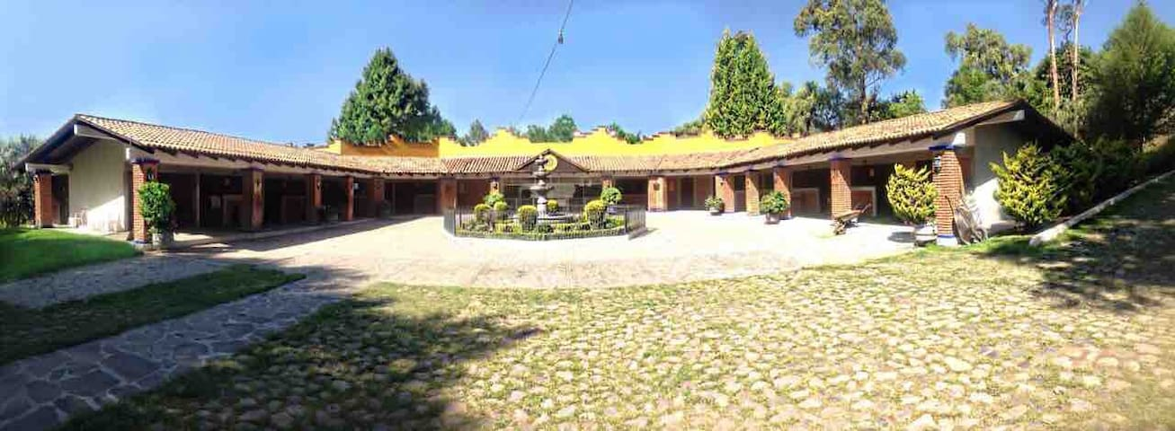 Bungalows (3) en el Rancho el Retiro