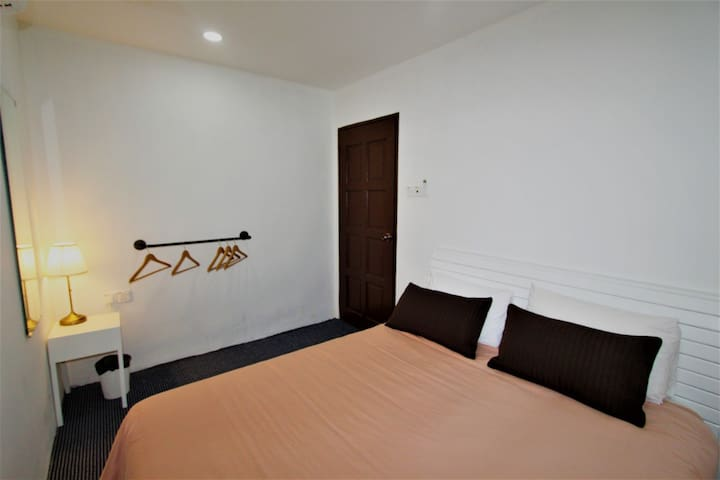 Stay at Jacks 2 - Best location in Melaka