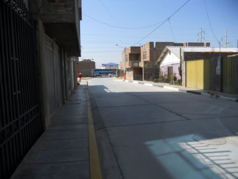 Call principal/Main street