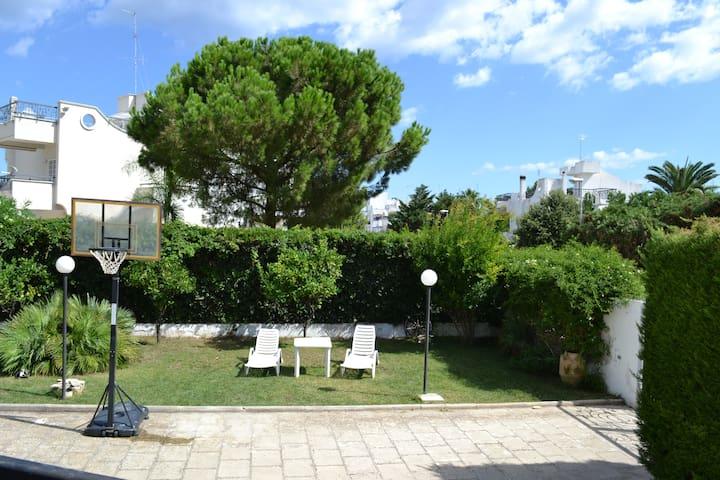 TORRE A MARE dista 10 KM da Bari   - Bari Torre a Mare - Villa