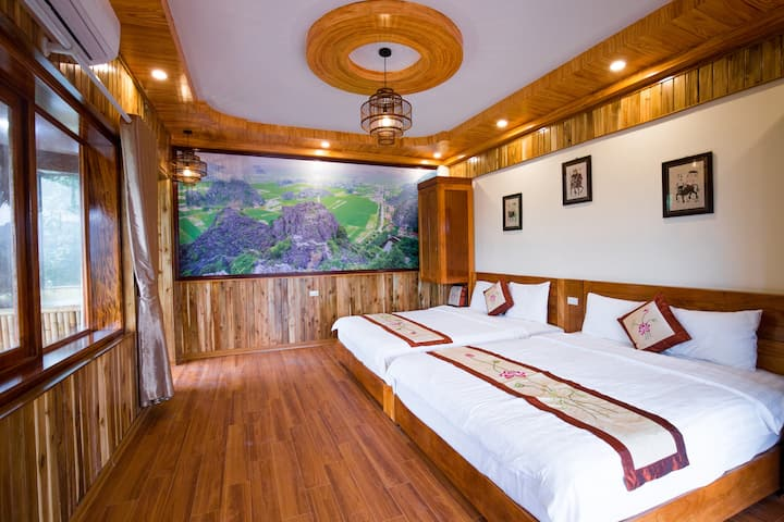 Hang Mua Ecolodge (Family Room with Balcony)