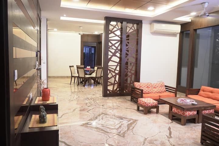 Raj Niwas  - 'Notre Patite Maison'
