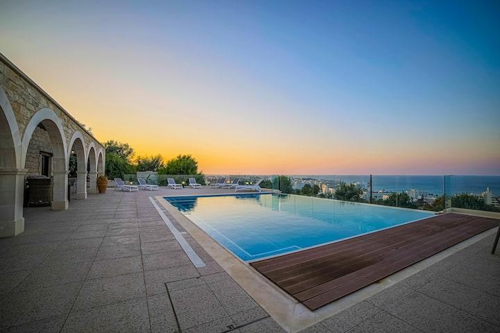 Sunrise Dream · Exclusive 5 BR Villa Panorama Hill
