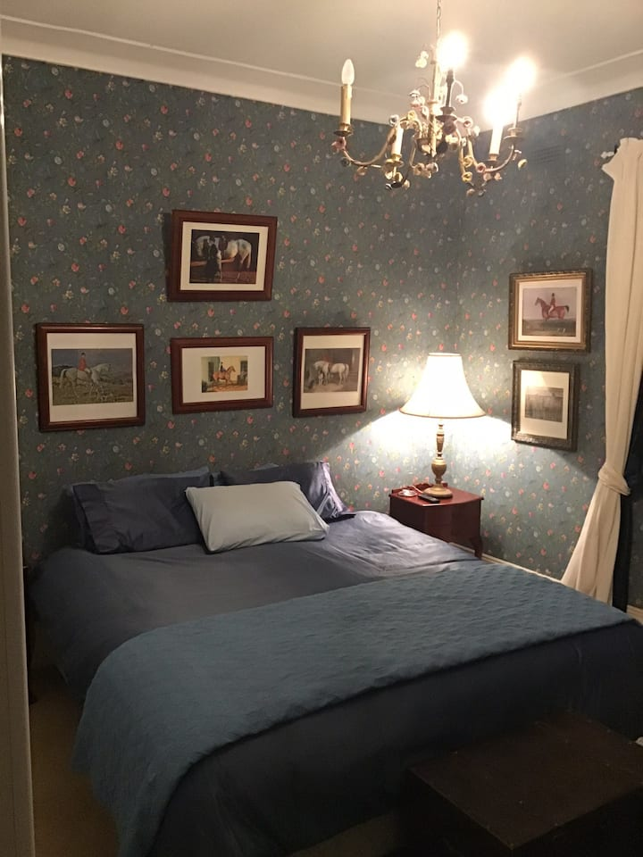 Historic putta Bucca house room 4