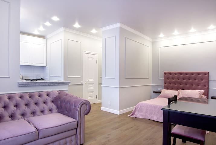 Luxury Pink apartment in Arcadia