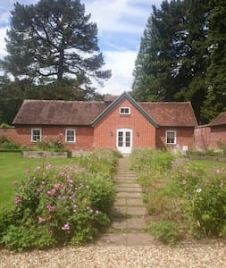 Charming Coach House in the New Forest - Whitsbury  - House
