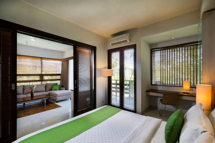 BEST LOCATION!  Holiday Apartment in Seminyak