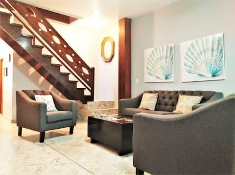 Rusty Blue 2/1.5 Modern Hammock House Gated & WiFi