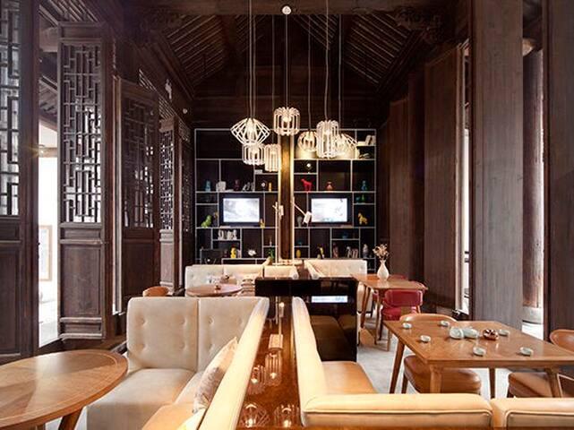 扬州境庐文化精品度假民宿  市中心 何园 瘦西湖 - Yangzhou - Bed & Breakfast