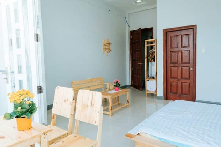 Chi Phuc Comfort Studio