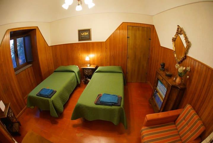 Appartamento da 6 posti letto. Camera da letto n° 3