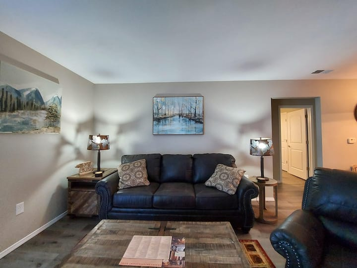 Mystic Mountain Condo - Pool - REMODELED - New everything - Perfect location!!