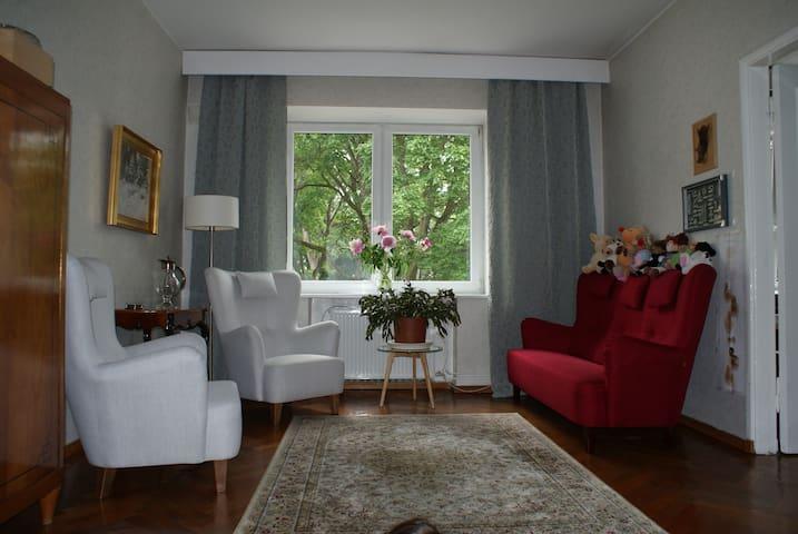 Cosy room in Kadriorg