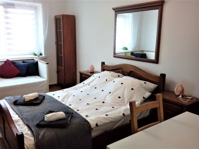Cosy room - close to Center and Old Town (15m2)