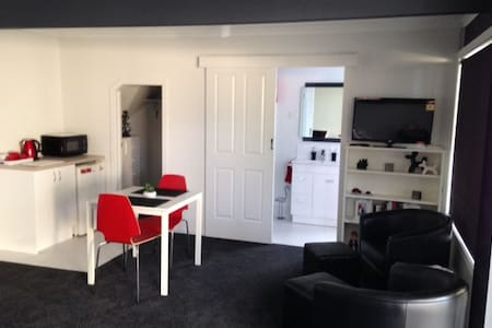 Tis Bliss 3 Motel Style Unit - Victor Harbor