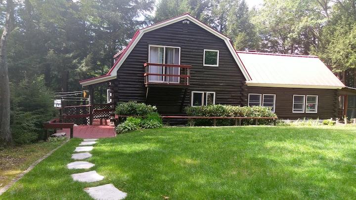 Waterfront Log Home on Lake Contoocook