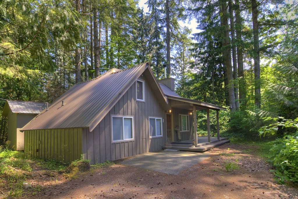 Adorable Chalet W Hot Tub Near River 15 Min To Stevens
