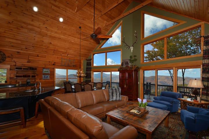 LongView - Panoramic Mountain Views, Rustic Luxury - Banner Elk - Casa de campo