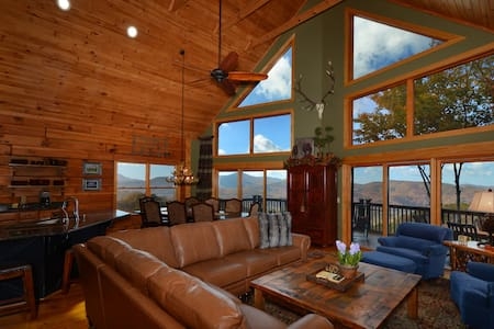 LongView - Panoramic Mountain Views, Rustic Luxury - 班纳艾尔克(Banner Elk) - 小木屋