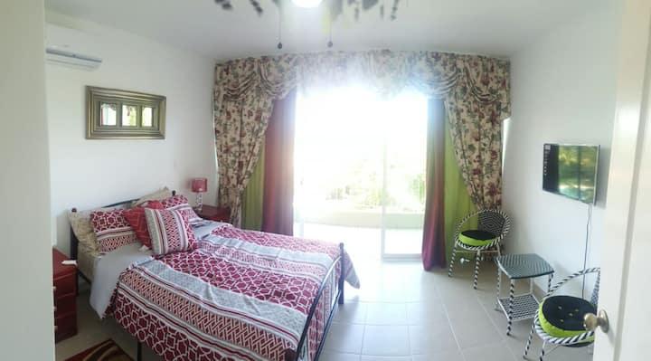 Beautiful Villa close to Nueva Gorgona and Malibu
