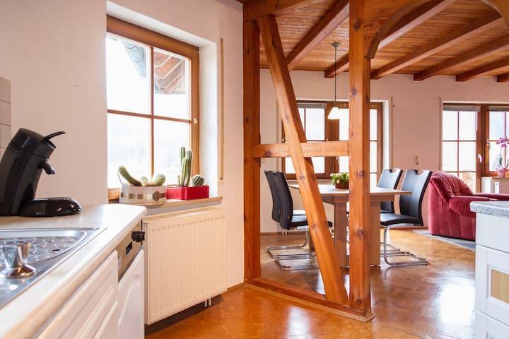 Gemütl. Wohn. 60 m2, Bodenseeregion - Deggenhausertal - Apartamento