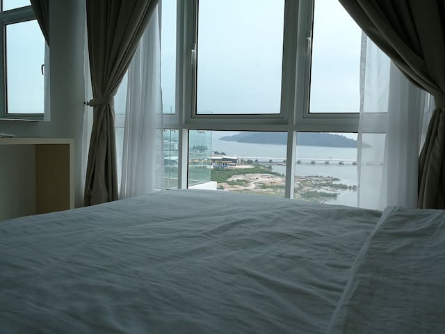 Seaview Duplex Suite Near Penang Airport
