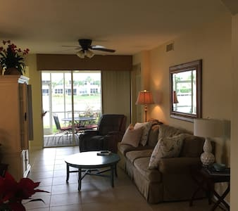 Fort Myers 3 bedroom Condo - Fort Myers - Apartment