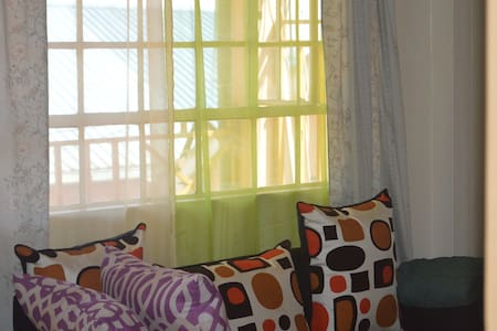 Comfortable haven just outside town.. - Kikuyu - Lejlighed