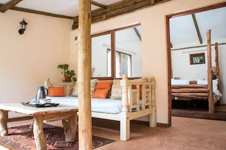 Escape in Karen - Nairobi