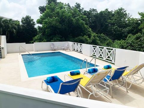 ☆ NEW 3Bdrm 3.5 Bath Private Home w Brand New Pool