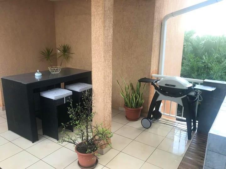 Appartamento con una stanza a La Rivière, con terrazza attrezzata e WiFi - 10 km dalla spiaggia