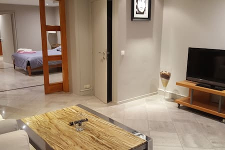 Close to the EU - Space intended for 2-3persons - Etterbeek
