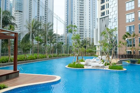 2 Bedroom Apartment The Mansion By Travelio - Kemayoran