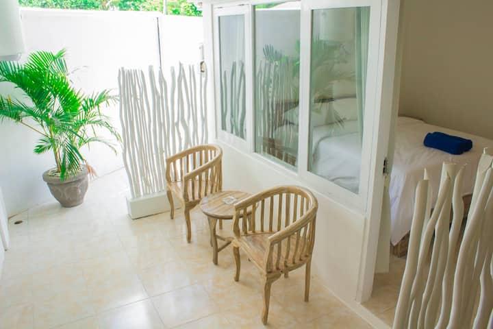Kubu Putih homestay - Room 1