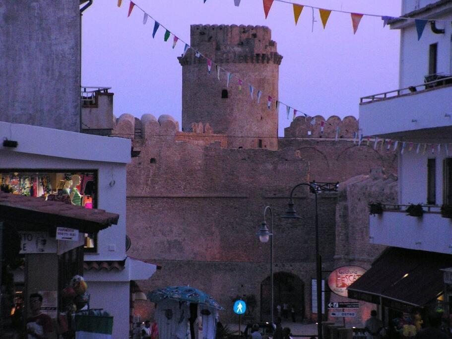 il castello visto dal corso