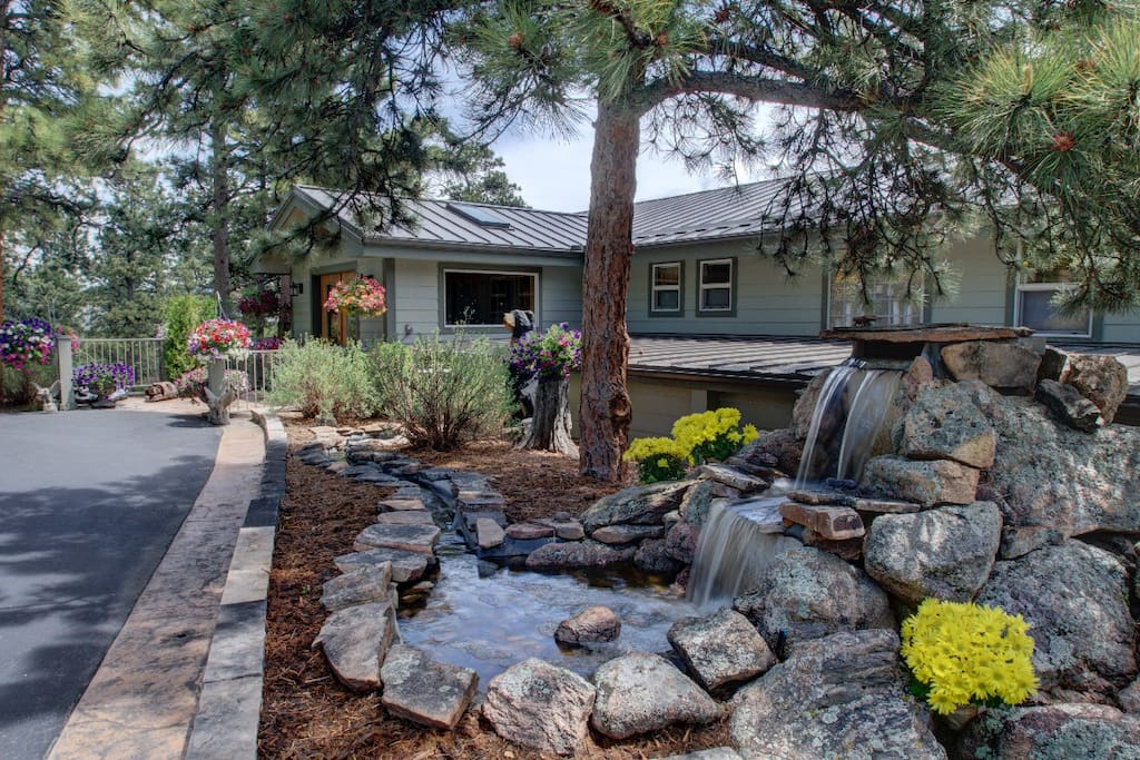 Circle driveway with handicap accessible entry