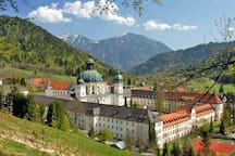 Kloster Ettal (by car 10min from the apartment, walking about 30min)
